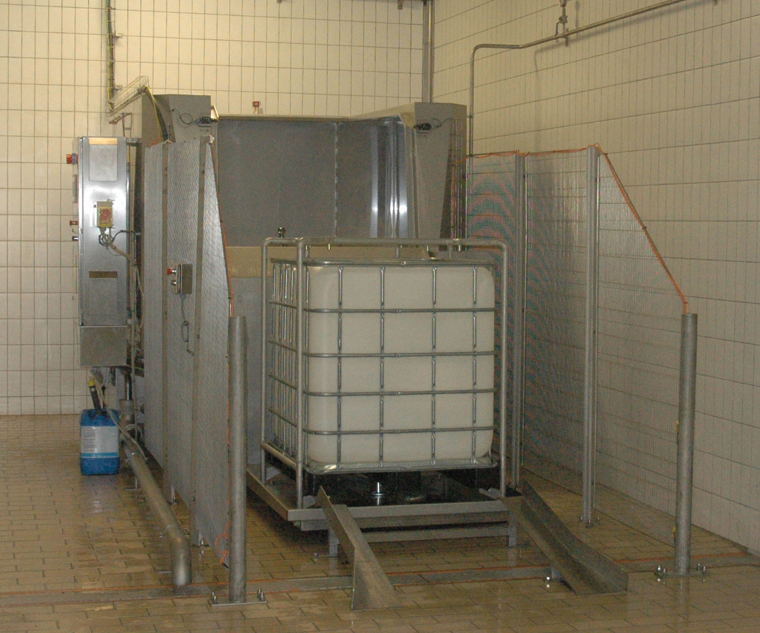 Cretel container washer meat